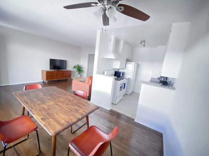 NEW RENOVATED Minimalist 1bed PRIME SANTA MONICA!