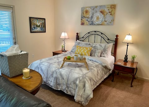 Classy & Cozy Suite - Near Stone Mountain Park