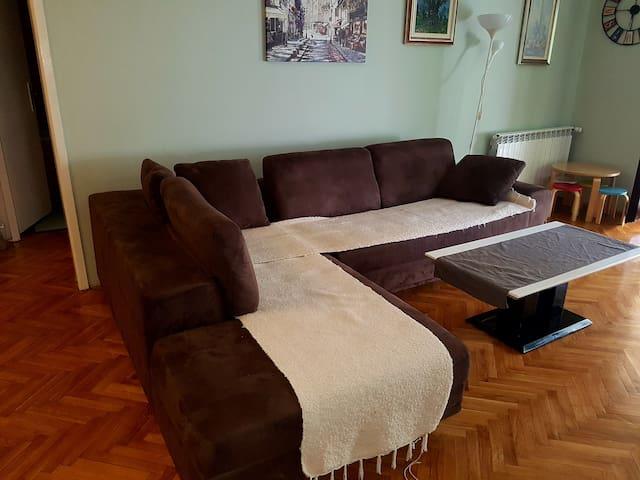 Peaceful apartment in Becici