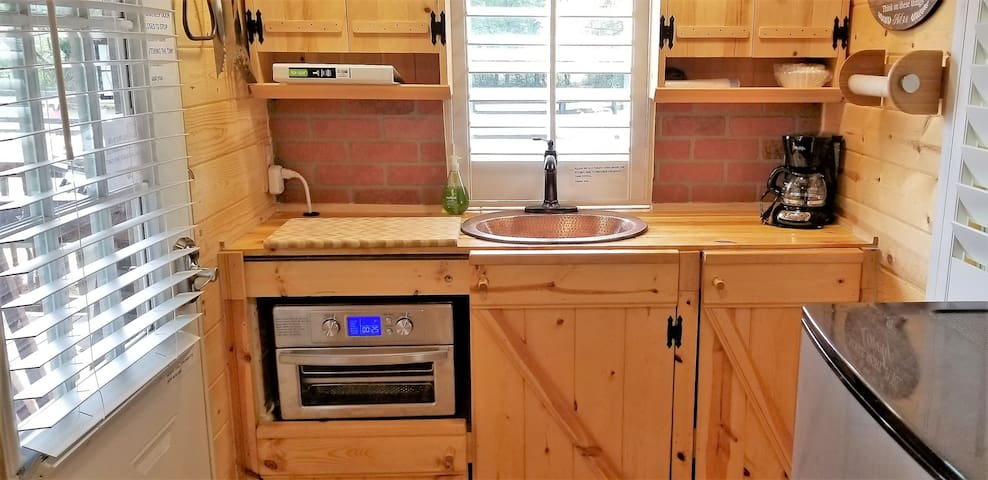 Fabulous built in stainless steel oil free grill,toaster,oven
