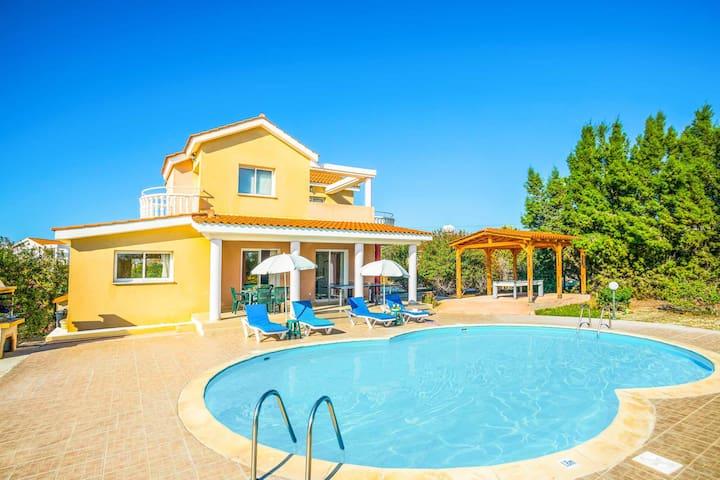 Villa Hestia