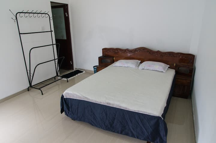 Weligamage Guest & Rest Room 1 - Air-Conditioned
