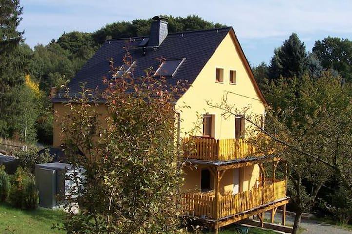 Goeltzschtal Apartment für 5 Personen