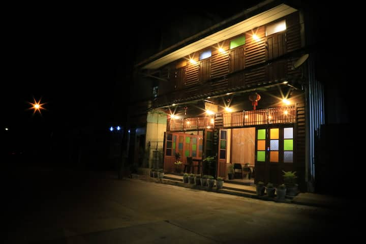 Bansoi 1 & Alley One Cafe (27 sq.m - Andaman)