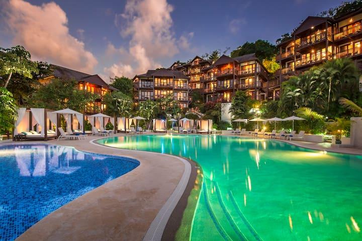 Marigot Bay Resort - All Inclusive One Bedroom Penthouse Suite