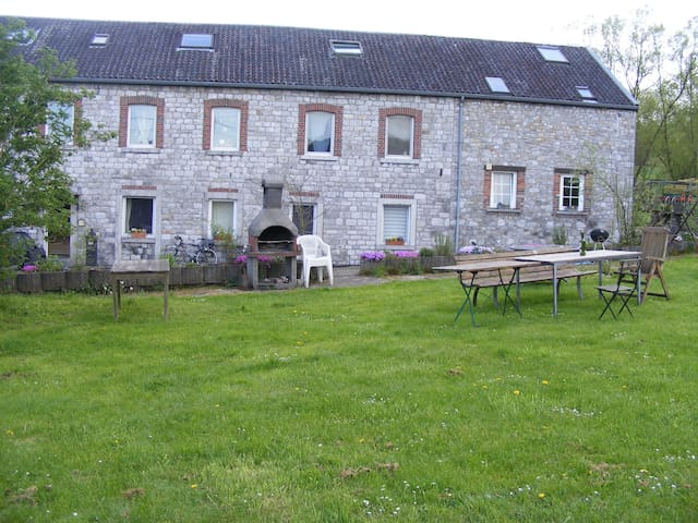 Large ground floor flat in old mill - Kelmis - Byt
