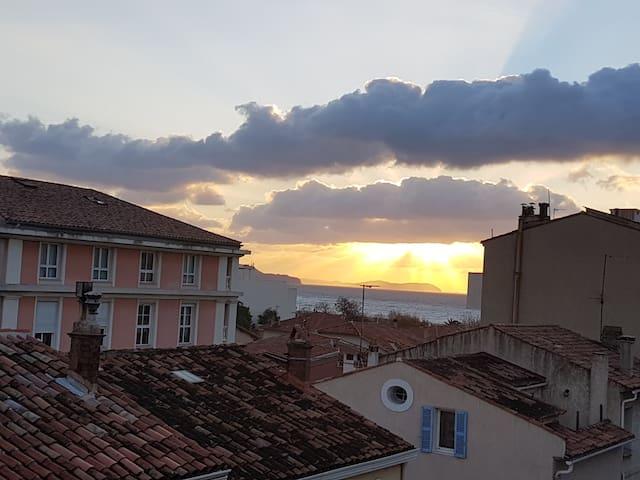 T2 complet(33m²+balcon)200m plage/centre MOURILLON - Toulon - Appartement