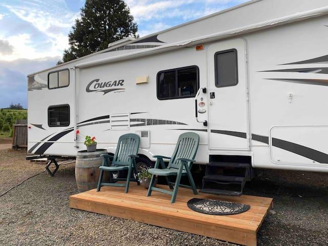 Eola Hills RV Camper