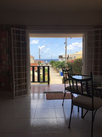 1 Bedroom Apt Prospect St. James (SEA VIEW!!)