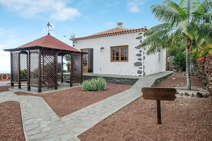 "Two Typical Canarian Houses in ""Finca la Sorriba"" with Mountain View, Ocean View, Garden, Pool & Wi-Fi; Parking Available"