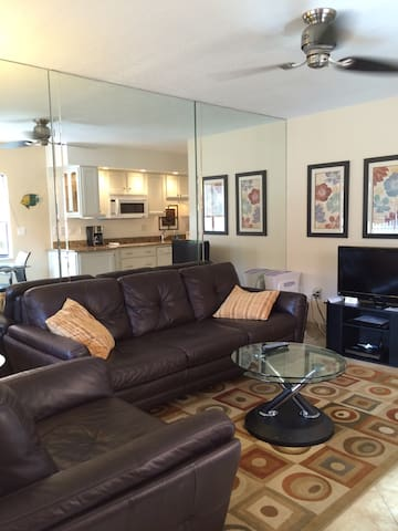 Clothing-optional Vacation Rental - Lutz - Condominium