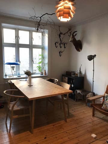 Charming apartment close to the harbor & the city