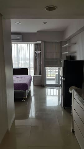 Cozy Studio apartment in center of East Jkt - east jakarta - Apartamento