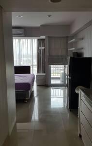 Cozy Studio apartment in center of East Jkt - east jakarta