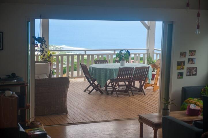 Villa avec piscine et magnifique vue mer et forêt