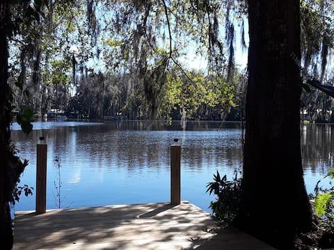 (Serenity) privat hytte på innsjøen