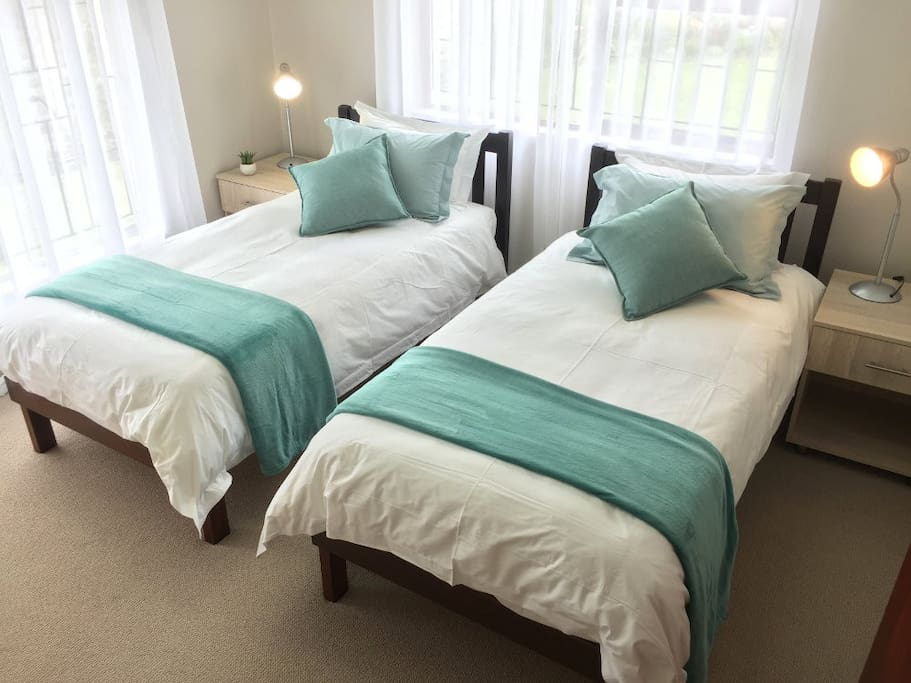 Bedroom 1 with luxury cotton percale bedding