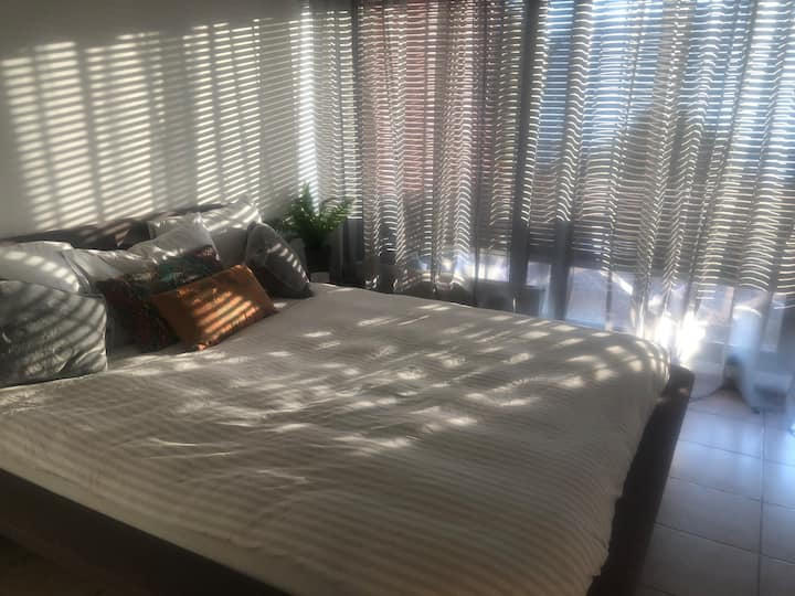 Lost Paradise Montreux ! You'll love it !2,5 rooms