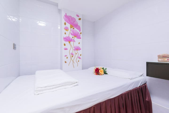 2 rooms in Henghui hotel