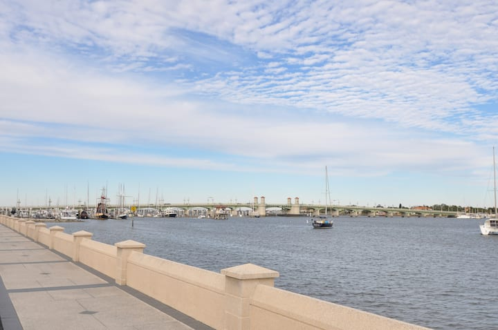 Historic 2BR Flat on the Bayfront -  New Listing!!