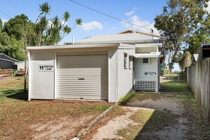 Bribie Beach Cottage perfect lovers getaway