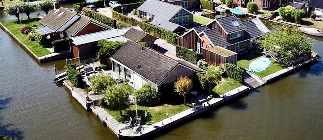 Nice and cosy holiday house in Friesland