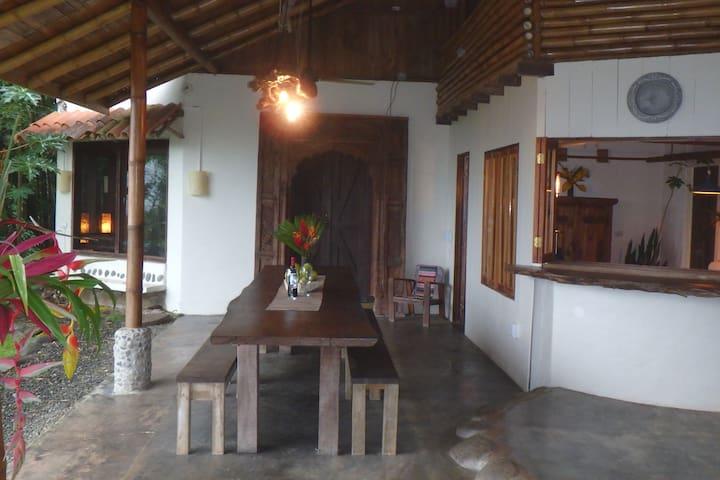 Casita Plumeria Grande #3 - San Isidro de El General - บ้าน