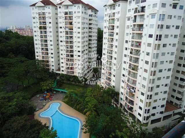 Beautiful n idyllic master bedroom with great view - Kuala Lumpur - Lägenhet