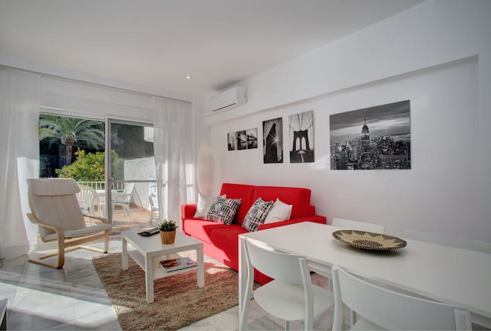 Bonito apartamento en la Milla de Oro, Marbella.