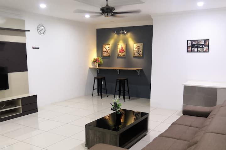 Mutiara homestay ★★4 Room ★★