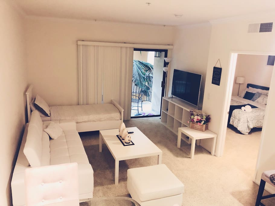 Apartments For Rent Near University Of Southern California