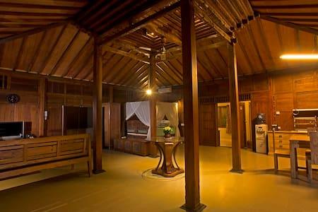 Omah Mutiara III - Kuta Utara - Villa