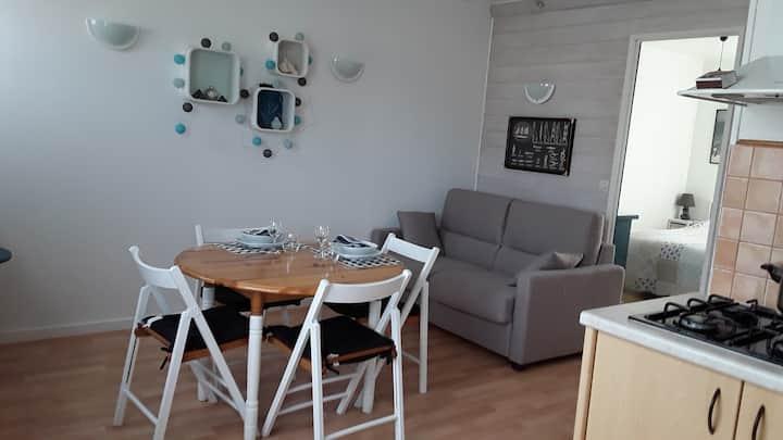 Saint-Aubin-sur-mer; appartement