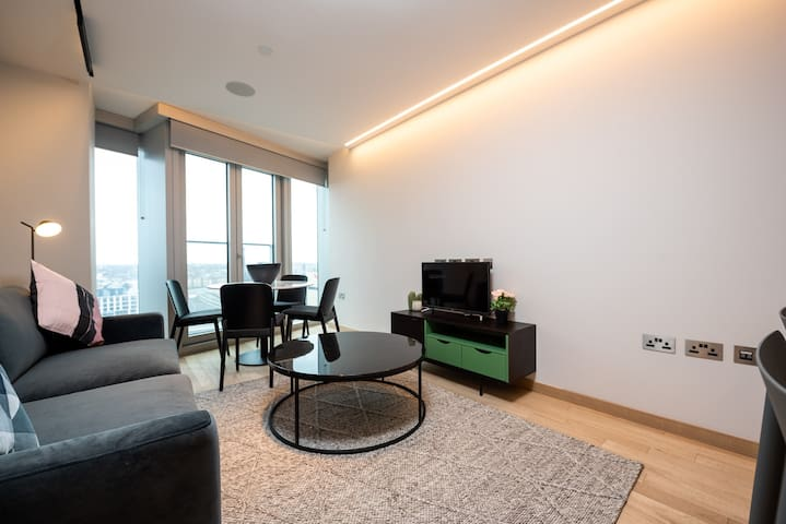 Beautiful London Loft Apartment (MLG1104 II)