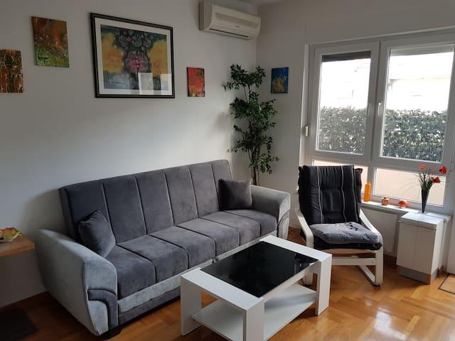 Lav apartments