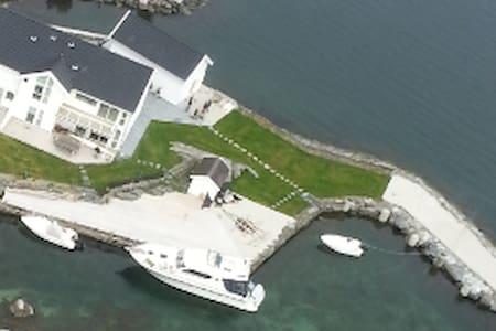 Luxury villa with private dock - Stavanger - Villa
