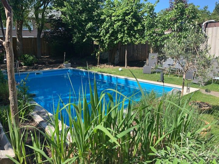 Contactloos verblijf 2-4 pers met zwembad