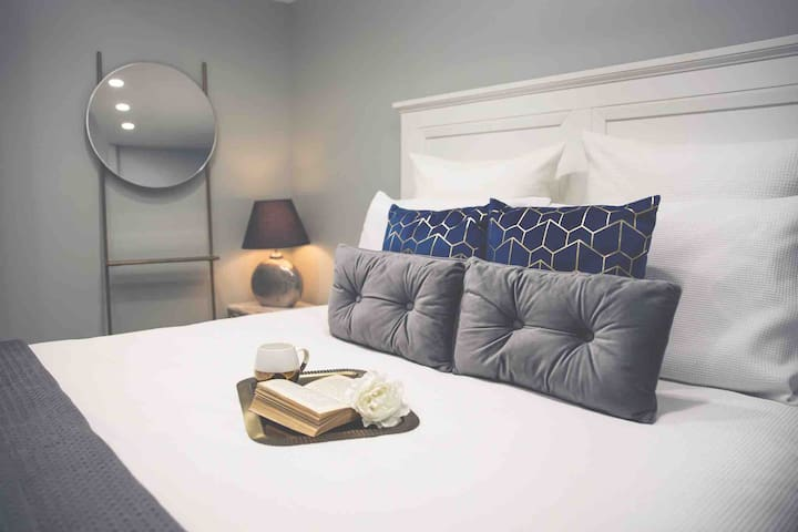 Gold Coast Guest House 3 Beds + Free Parking