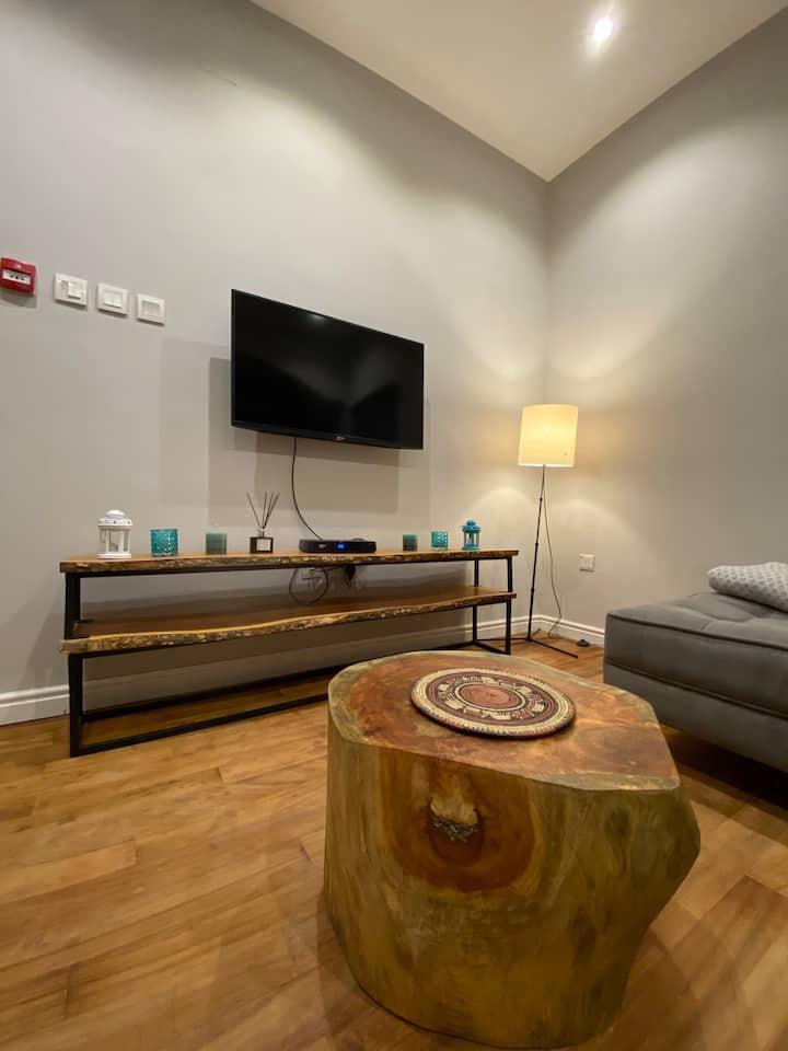 Camilla's Apartment- Luxury and Cosy 1 bedroom Apt