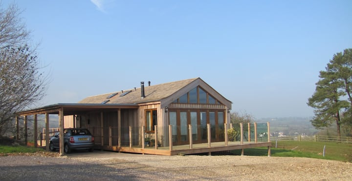 Pippinfield View - accessible with stunning views