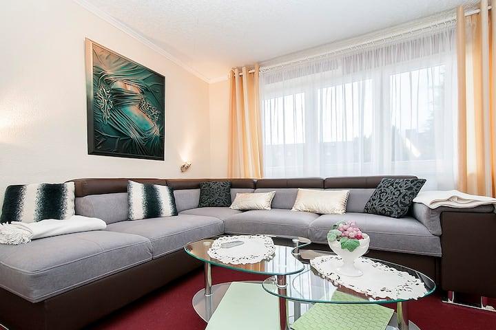 Calm and beautiful 2-room-flat,