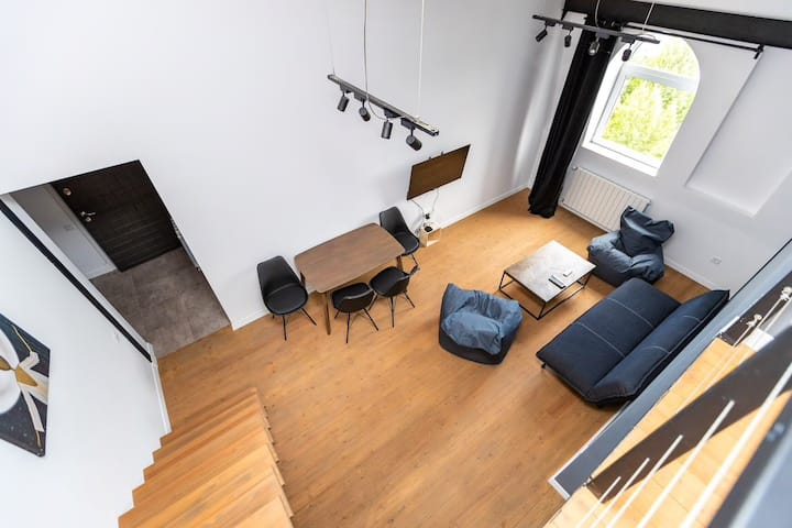 Old Tbilisi minimal Loft with Amazing view