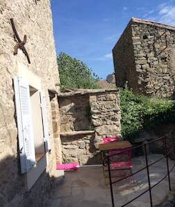 Casa Rafaelu, entre mer et montagne - Castifao - Lakás