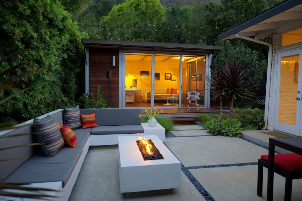 Outdoor built-in lounge with fire pit, dining seats 8, gas grill, canyon views