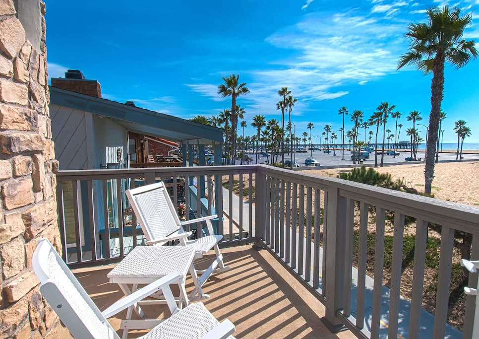 Balcony showing view to the beach and the Balboa Pier