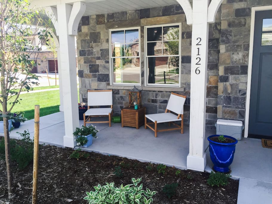 Front Outdoor Sitting Area