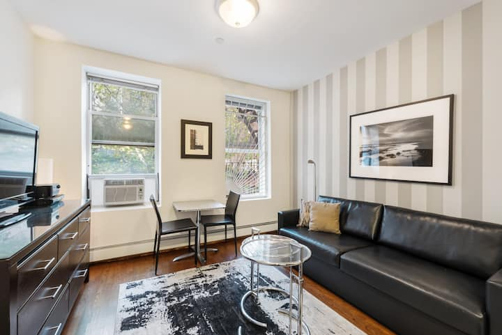 Peaceful UES One Bedroom near Subway