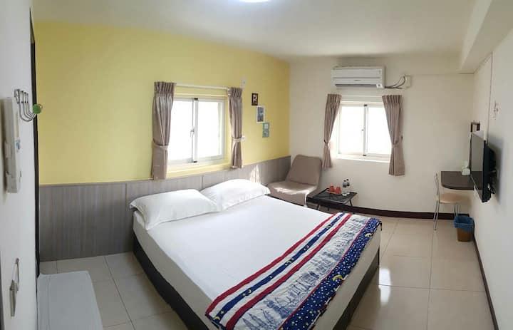 晶彩雙人房 1 double bed 出租摩托車 優惠組合
