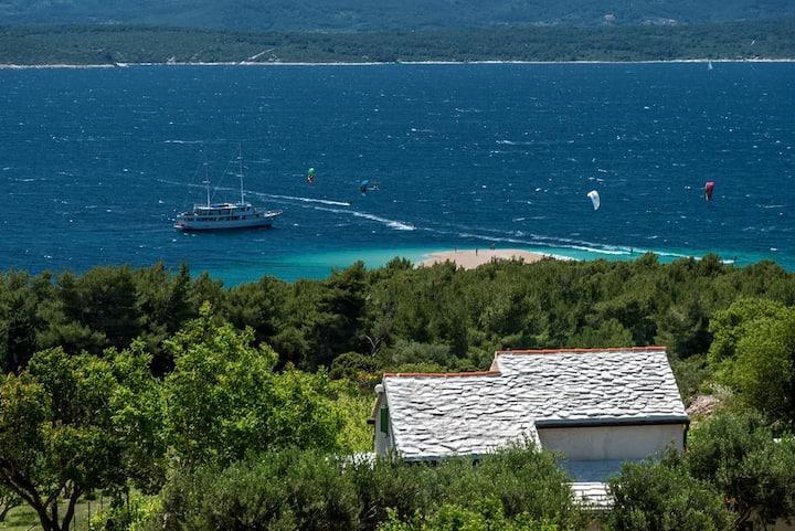 Vineyard house, georgeous sea view