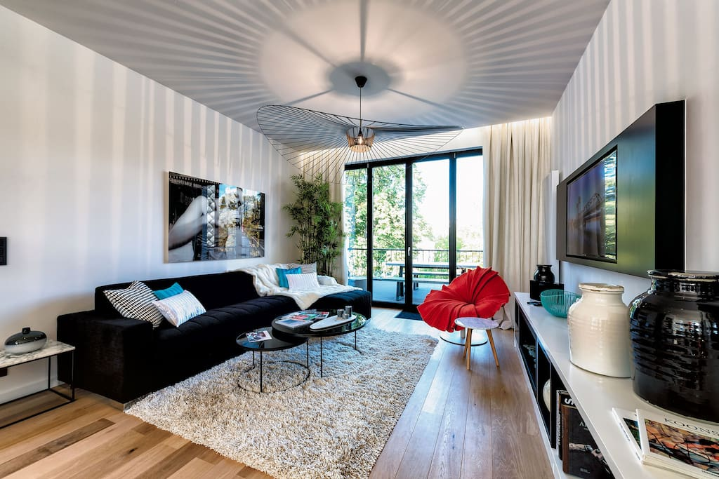 Living Room with High-Quality Sofabed